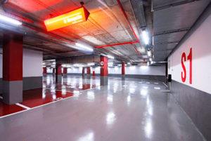 Pintar pàrquing de l' Hotel Porta Fira amb resines antipols